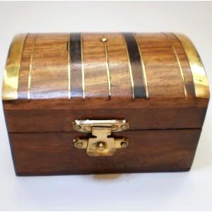 Шкатулка деревянная сундучок