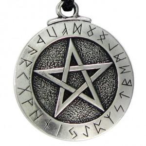 Талисман пентаграмма в круге рун